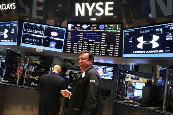 國際油價飆升  美股道指大漲313點