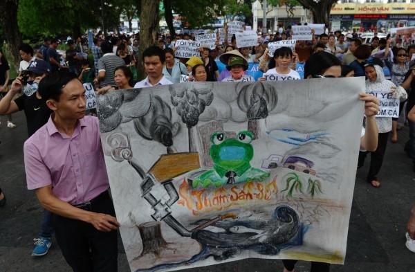 台塑越南鋼廠廢水造成魚群死亡?越總理下令調查
