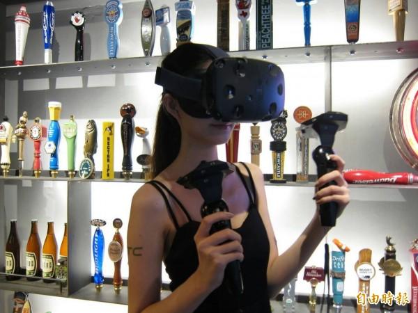 前進南韓最大電玩展 宏達電HTC Vive亮相