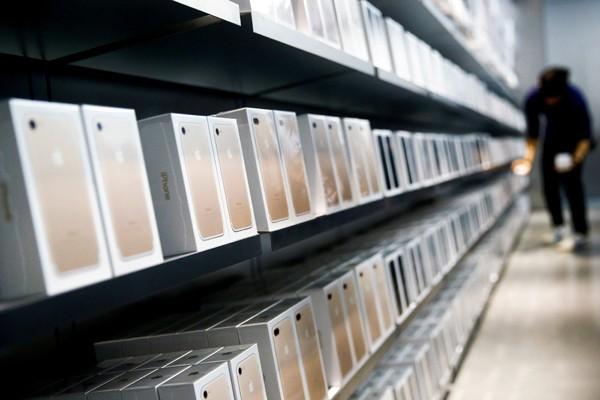 iPhone8要用OLED 供貨商趕不出來