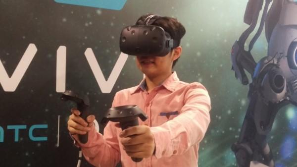 王雪紅將率Vive團隊 出席2017 CES
