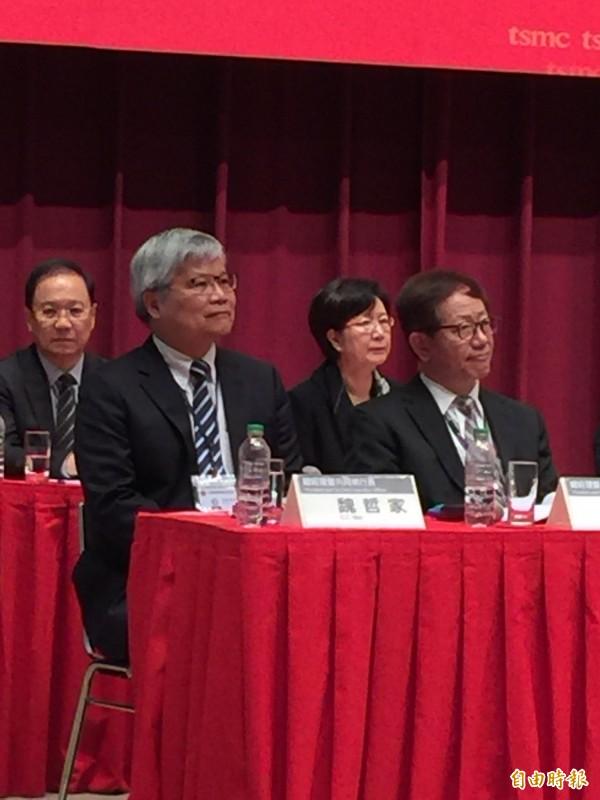 張忠謀展開穩健交棒 劉德音、魏哲家當選台積電董事