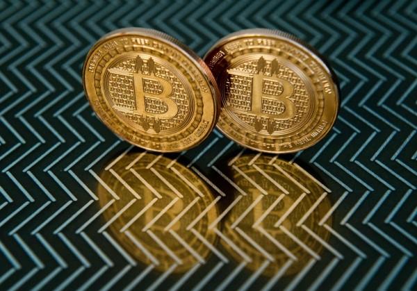 比特幣漲破1.2萬美元再創新高 市值逾6兆台幣