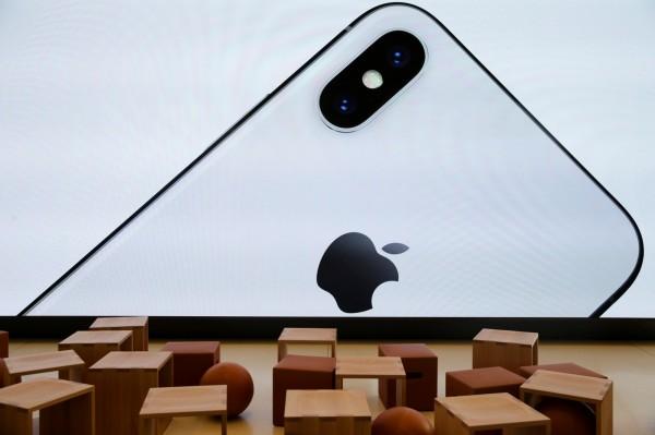 iPhone X傳銷量不佳 明年首季砍單40%