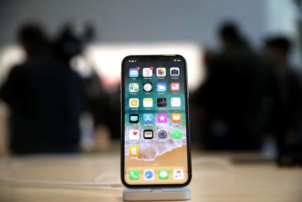 iPhone X令人失望? CNN:投資人的確這樣認為