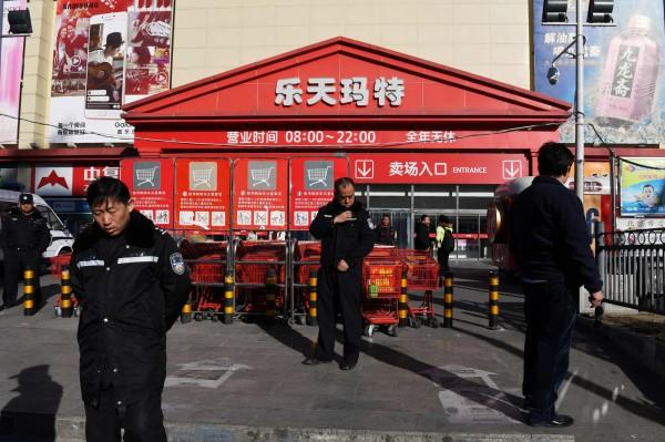 不堪薩德報復 樂天超市22北京門市賣給中企