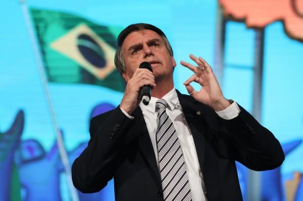 「巴西版川普」問鼎總統大位 選上將重審中國投資