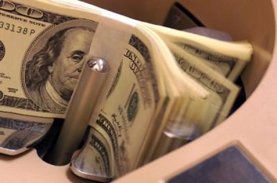 稅收減少卻大開支票 美預算赤字大增23%