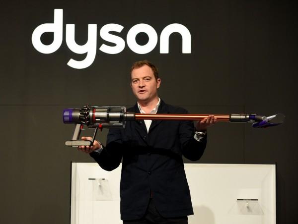 研發每週燒3億! 戴森:他牌無線吸塵器落後3年