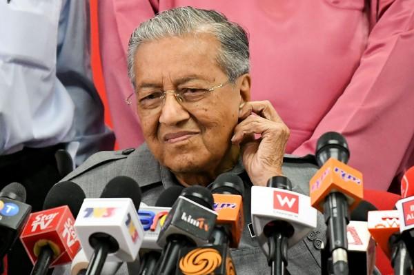 大馬首相馬哈迪展強硬作風  矛頭指向美中強權