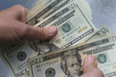 貿易戰未升溫 美元走強 日圓、黃金齊跌