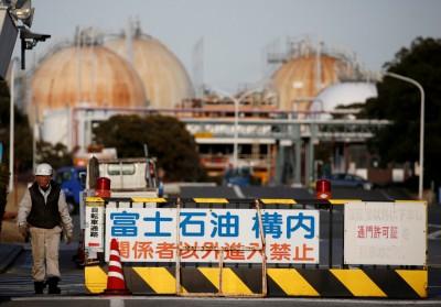 日本配合制裁伊朗 擴大進口美國石油
