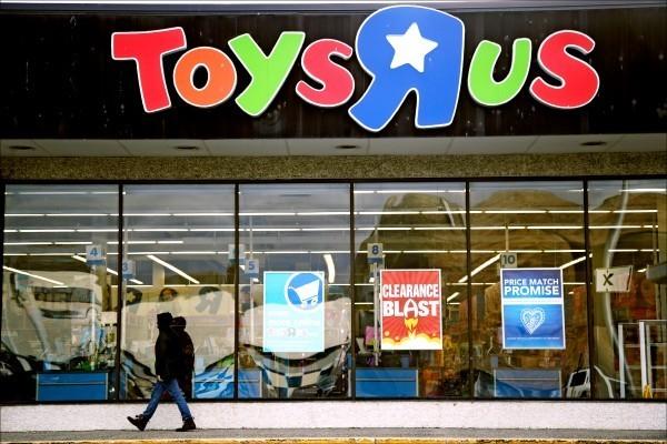 玩具反斗城關閉全美店面  3.3萬名員工沒拿到資遣費
