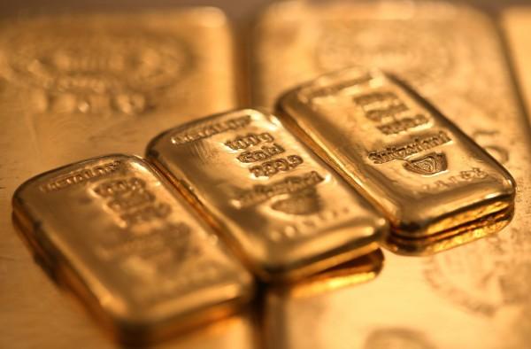 美元回檔 黃金漲至近2週最高收盤水準