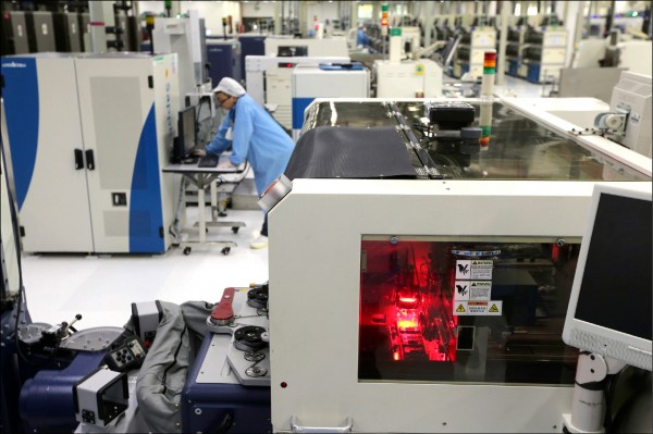 AMD RX590顯示卡 由格羅方德、三星代工