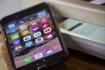 彭博:美對中關稅增至25% iPhone產線全面撤出中國