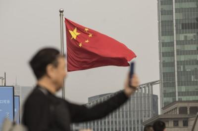 製造消費數據皆慘  中國股市重挫