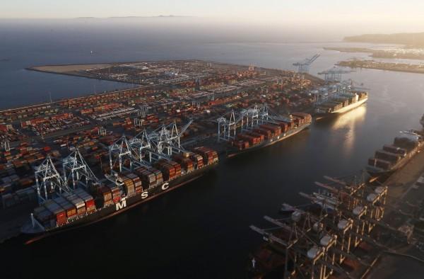 貿易戰的意外效果:美國貿易額竟大增