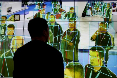 中國家長流行要小孩補習AI 營隊5天要價2.2萬