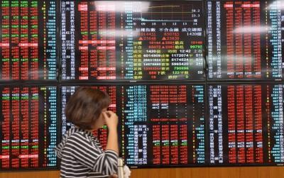 台股收漲47點 10700點關卡得而復失