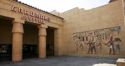 電影界震撼? 傳Netflix將買好萊塢近百年老劇院