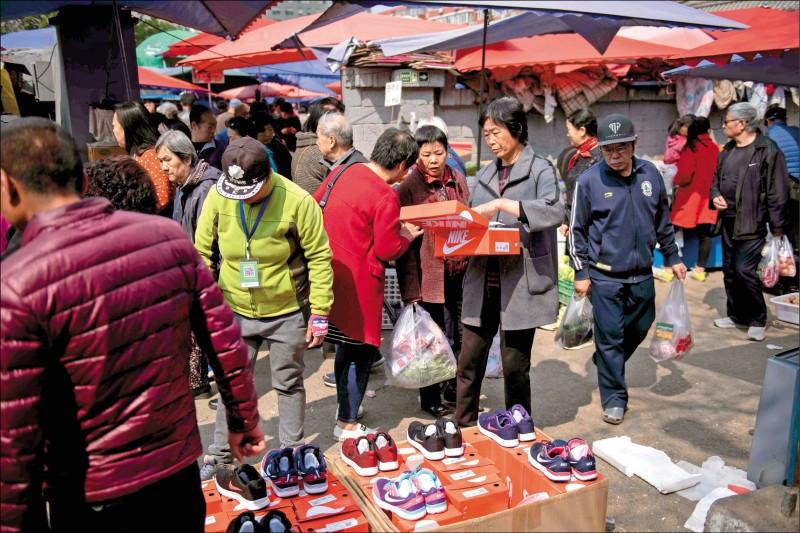 假貨8成來自中港 美擬祭301嚇阻