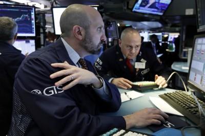 憂貿易戰升級  美股道指開盤下跌超過350點、晶片股重挫