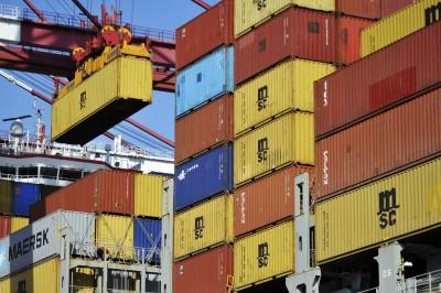 進口意外增加 中國4月貿易順差不到3月一半!