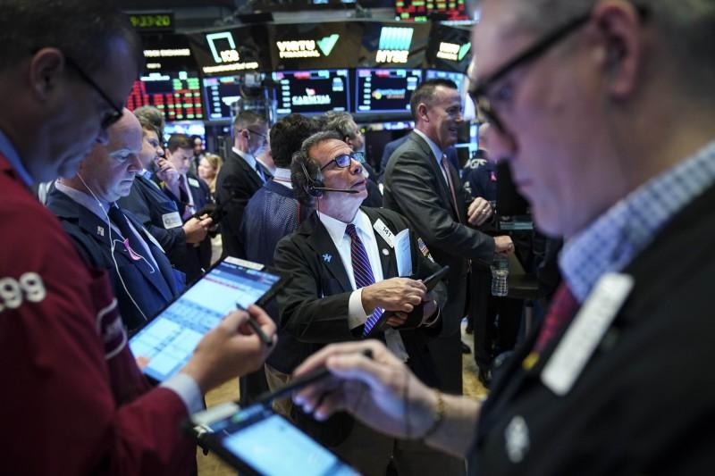 中國嗆聲反擊美國 美股道瓊持平、3大指數收黑
