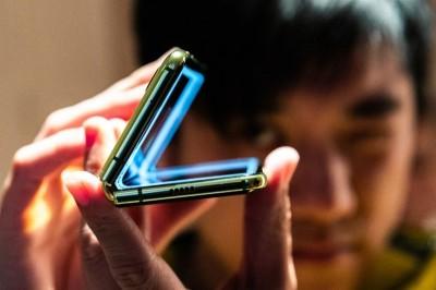 三星華為競爭摺疊螢幕 讓這家日本廠商意外發財