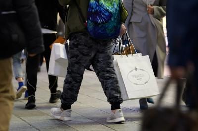 憂日本經濟崩盤 安倍前經濟顧問反對調升消費稅