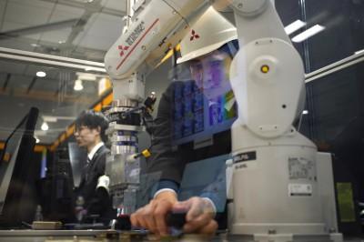 跟進美防堵中國? 日本傳考慮將AI、機器人等技術列出口管制