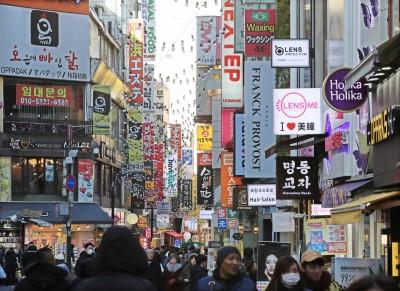 南韓明洞美妝店已退燒!遊客現在愛去「這種店」購物