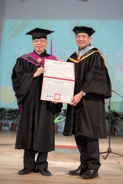友達董座彭双浪 獲北科大名譽博士學位
