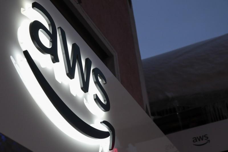 光纜遭道路施工切斷 亞馬遜中國AWS大規模故障