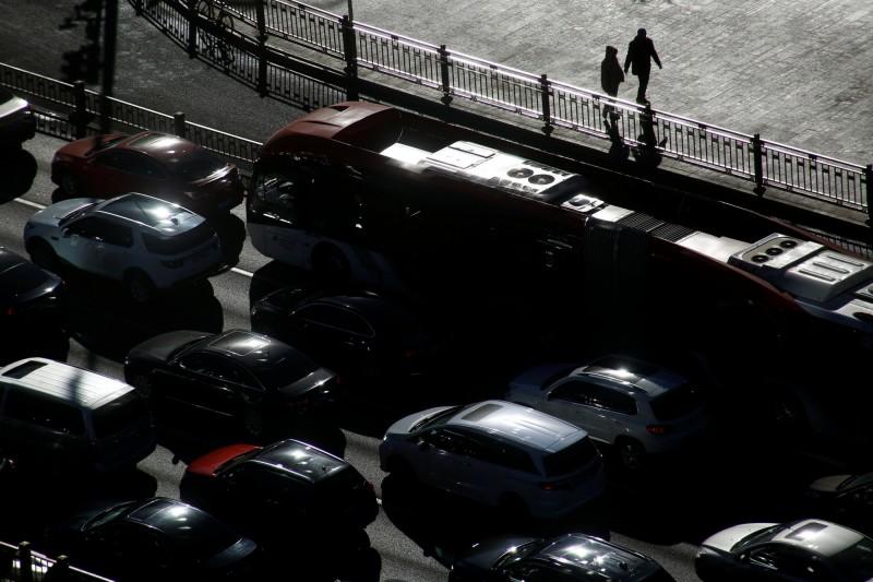 中國政府刺激車市救經濟 但不加發新牌照