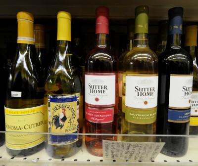 抱怨美國酒遭不公平對待!川普揚言對法國葡萄酒增稅
