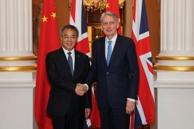 川習會月底登場 英財政大臣期望能緩解美中貿易緊張局勢