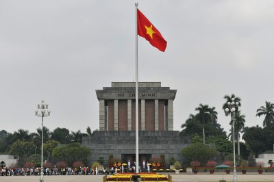 蘋果傳考慮轉移部份生產線 專家看好越南