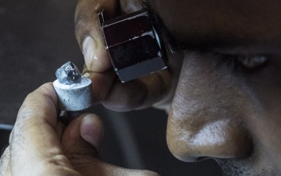 珠寶業也想移出中國!新製造基地首選在這
