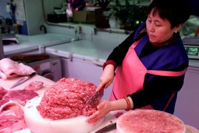 嘴巴說不要...中國上週仍買了1.02萬噸美國豬肉