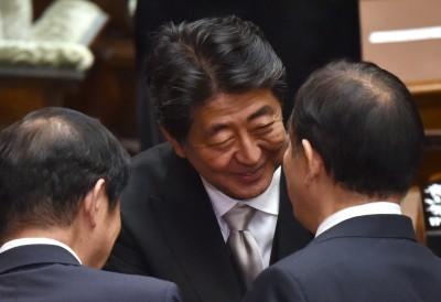 日企挺安倍 逾7成支持對南韓限制、9成認為會贏