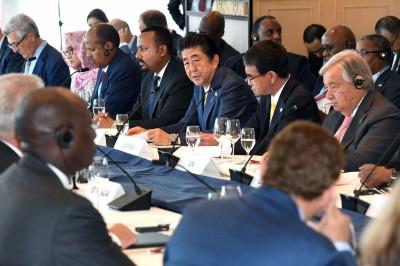 牽制中國投資?安倍:對非洲高負債國家提供協助