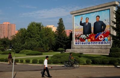 國際制裁力度大  北韓靠做假髮、賣畫維生