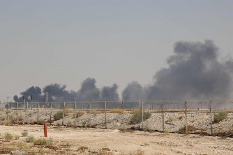 沙國石油設施遇襲恐衝擊油價 美必要時動用戰略石油儲備