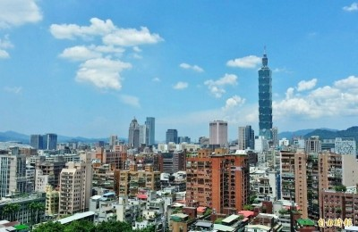 惠譽維持台灣「展望穩定」評等  上調經濟成長估值至2.2%