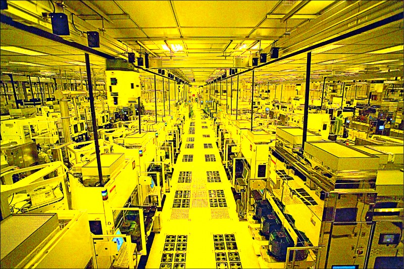 台灣逆勢成長 稱霸全球半導體設備市場