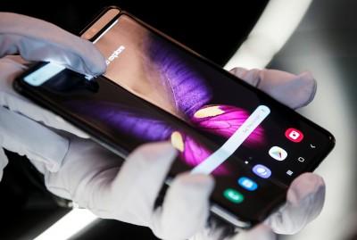 5G手機貴、目前無明顯優勢  分析師:買是為炫耀用