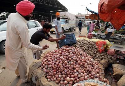 印度洋蔥價飆漲禁止出口!農民、鄰國「苦不堪言」