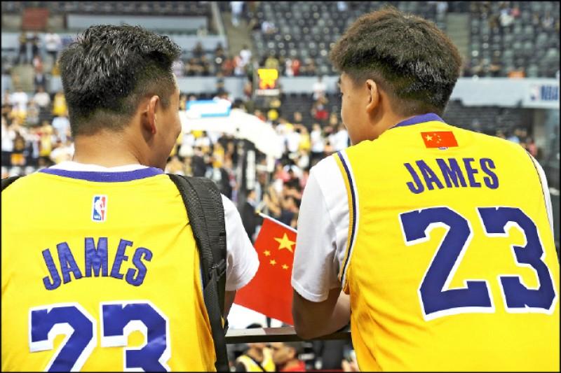 NBA移師深圳 也座無虛席